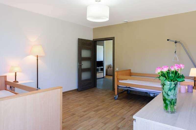 Pflegeheim Zimmer Ausland