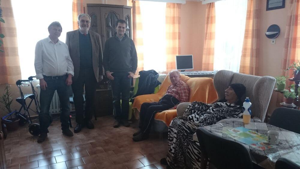 Heimbesuch Tschechei Direktor und Senioren