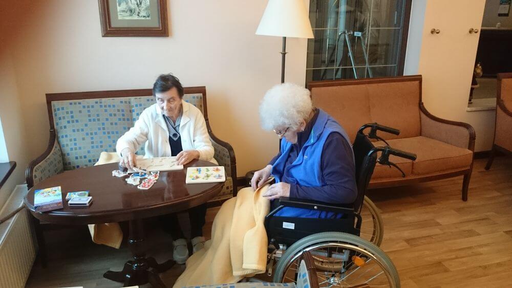 Senioren im polnischen Seniorenheim