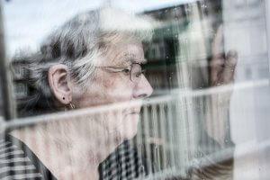 Einsamkeit in deutschsprachigem Seniorenresidenz in Osteuropa
