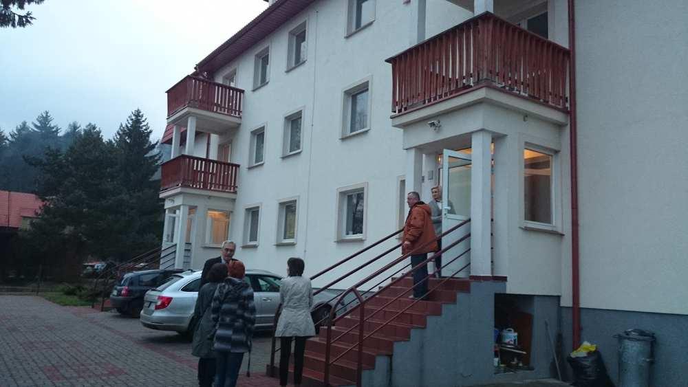 Altenheim Suche Ausland