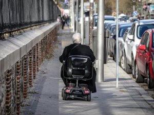 Einzug ins ausländische Pflegeheim